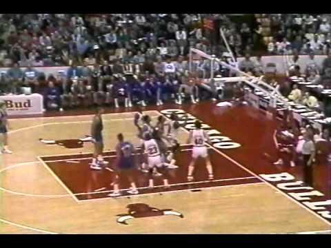 April 22, 1988 Cavaliers@Bulls (Charles Oakley 26p 35rb, Michael Jordan 26p)