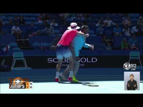 Top News : ล้มทีเดียว ดัง ดับ นักเทนนิส ระดับโลก (2 ม.ค. 60)