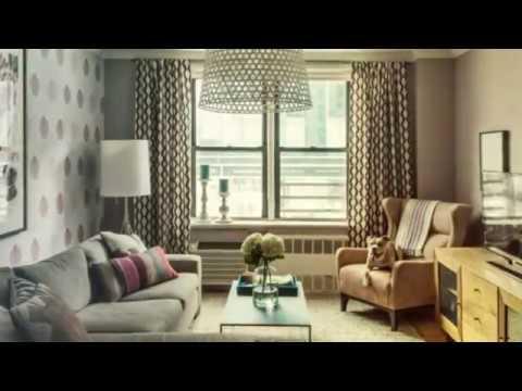 Kleines Wohnzimmer, großes Sofa – So inszenieren Sie die Couch effektvoll  im Raum