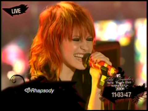 Paramore - Crush Crush Crush - MTV New Years Eve 2008