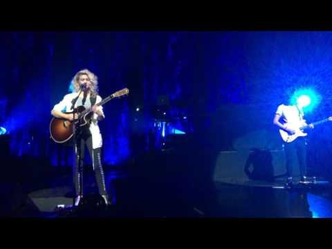Beautiful Things - Tori Kelly in Minneapolis MN at Northrop Auditorium