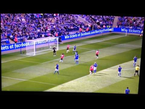 Angel Di Maria Chips the keeper Man Utd vs Leicester