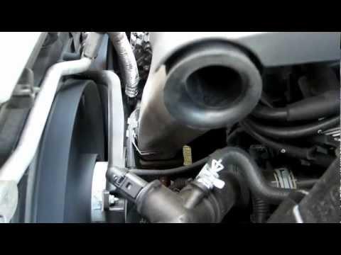 seat ibiza 2007 vibracion en motor