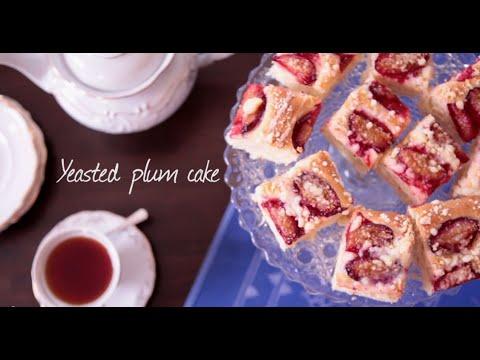 zwetschekuchen (german plum tart)