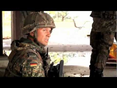 Bold Quest 2011 American and German soldiers training in urban combat HK G36 M4