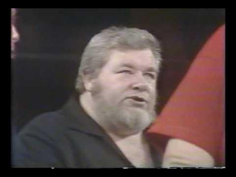 George Cannon vs  Haystacks Calhoun (1980)