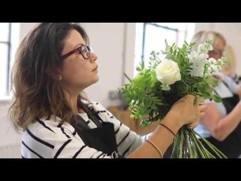 McQueens Flower School One Day Class