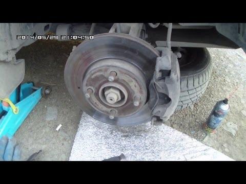 Как поменять передние тормозные колодки на форд фьюжн видео