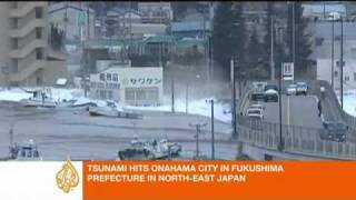 2011 Japan earthquake unleashes tsunami - Asia-Pacific.flv