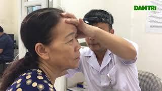 Sau vụ cháy Rạng Đông  Lo nhiễm độc, người dân ùn ùn đi khám