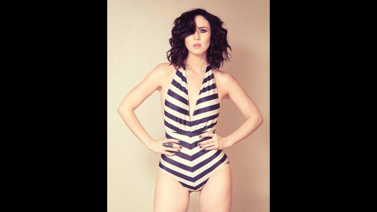 Andrea Torre Nude Photos 17