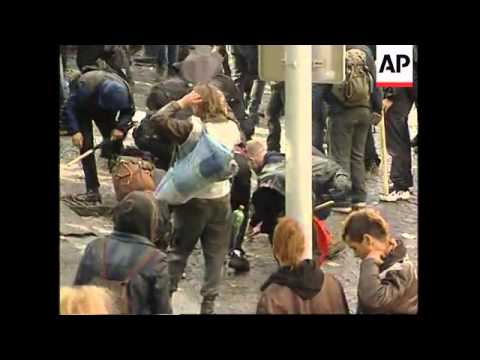 CZECH REPUBLIC: IMF/WORLD BANK SUMMIT & PROTESTS WRAP