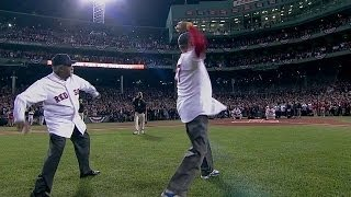 Tiant, Fisk throw ceremonial first pitch
