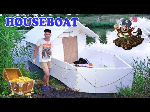 House - boat
