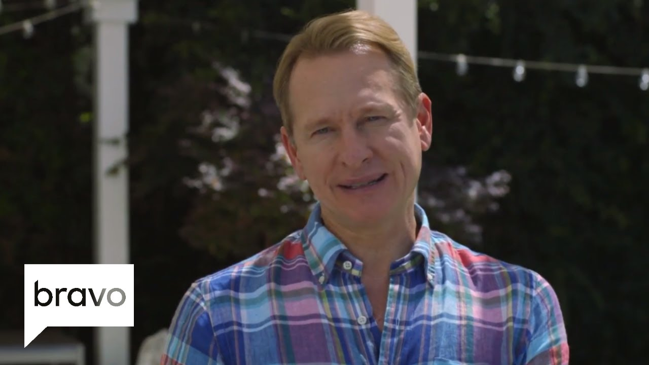 carson kressley thom filicia on classic pieces you need. Black Bedroom Furniture Sets. Home Design Ideas