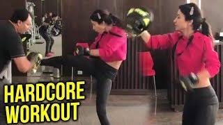 Bigg boss 11 Hina Khan HOT Workout Video
