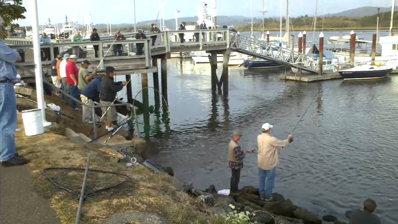 Coos bay salmon fishing sept 2011 youtube for Coos bay fishing