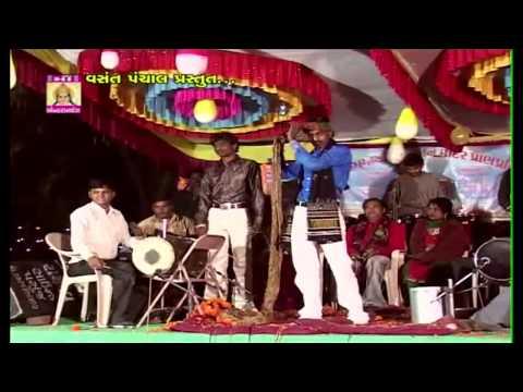 Gujarati Garba Songs Non Stop Live DJ | Halo Rakesh Na Dayrama | Dandia Raas By Rakesh Baot (3)