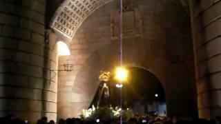 Virgen de la Soledad a su paso por Puerta de Palmas 2012 Badajoz