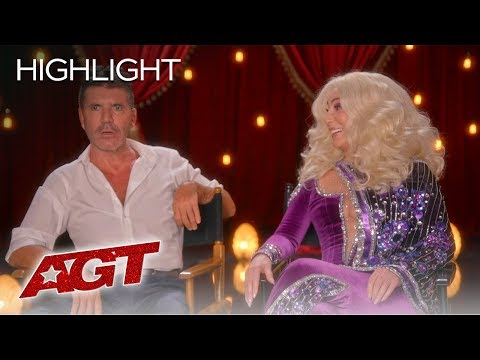 LOL! Cher and Simon Cowell Share Their OPINIONS On RANDOM Things! - America's Got Talent 2019