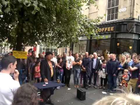 Neil Lennon gets mistaken for a mason at Edinburgh festival