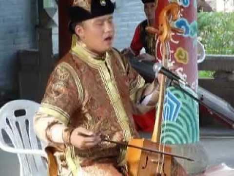 mongolie-:-chant-dyphonique-et-violon-à-tête-de-cheval