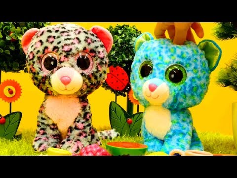 Thumbnail: Kids toys videos. Toy animals toys for kids 🐱 Toy Kittens got lost. Toys Videos for children