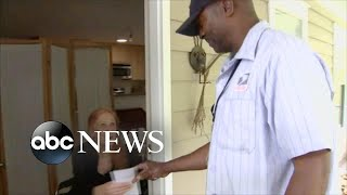 A mail carrier ran to help a 79-year-old woman who fell down the stairs in her home