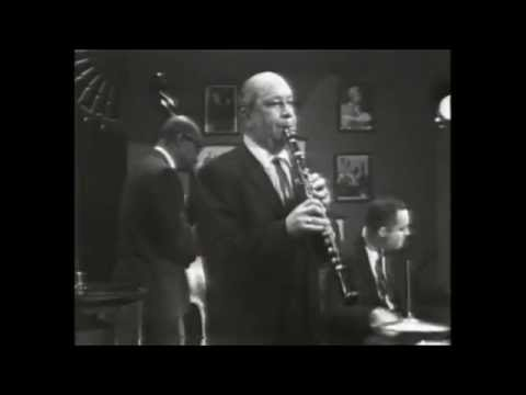 Art Hodes and Barney Bigard - Caravan (Jazz Alley 1968) [official HQ video]