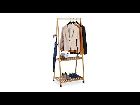 bambus-kleiderständer-auf-rollen