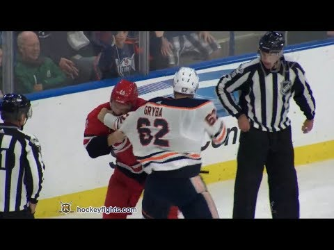 Eric Gryba vs Trevor Carrick Sep 27, 2017