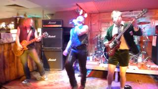 Bon ac/dc cover band - it's a long way to the top