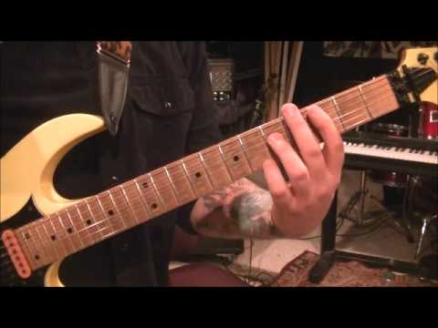 How to play Run Run Rudolph by Lynyrd Skynyrd on guitar by Mike ...