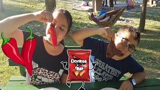 Buğra ile Bardaktan Ne Çıkarsa Ye Oyunu Oynadık. Eğlenceli Çocuk Videosu