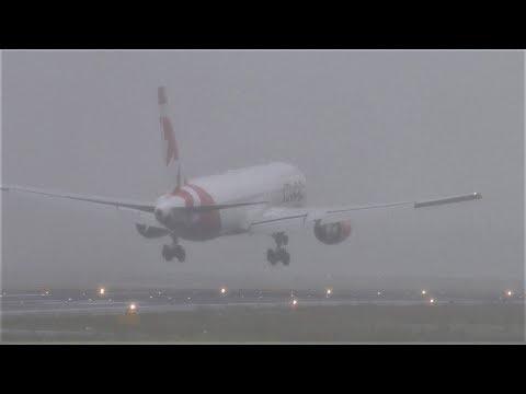 BAD WEATHER Air Canada Rouge Boeing 767-375(ER) C-GEOQ Landing Berlin Tegel