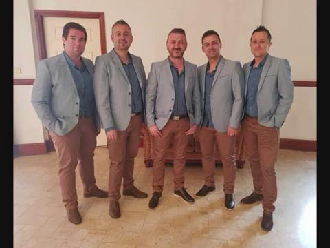 Medena Band  Live - Makedonski Svadbarski pesni - Splet za Kum i Dever - Novo 2017