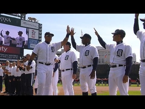 KC@DET: Tigers are introduced before the first pitch