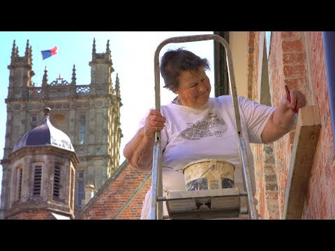 highclere-behind-the-scenes:-pat-the-painter
