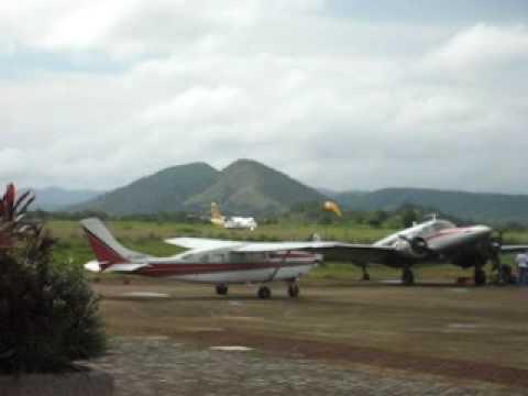 ATR 72 - Cebu Pacific Flight from Coron Airport, Palawan, Philippines