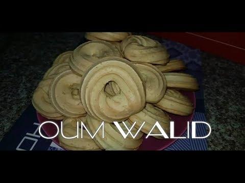 oum-walid-|-top-recette-de-halwat-lmakina/gateau-sec-ام-وليد-وصفة-حلوة-الماكينة