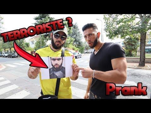ILS PENSENT QUE C'EST UN TERRORISTE ! (ÇA TOURNE MAL) - PRANK - La Meute TV