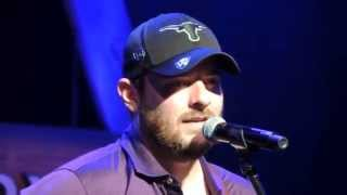 "Chris Young ""Begging to You"""