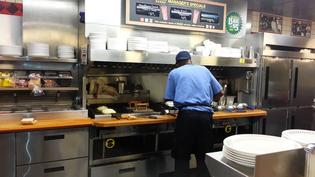 Crazy awesome waffle house cook youtube - Pic of kitchen ...