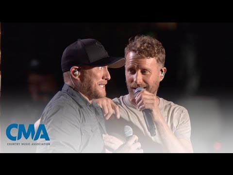 Cole Swindell and Dierks Bentley – Flatliner  CMA Fest 2017  CMA