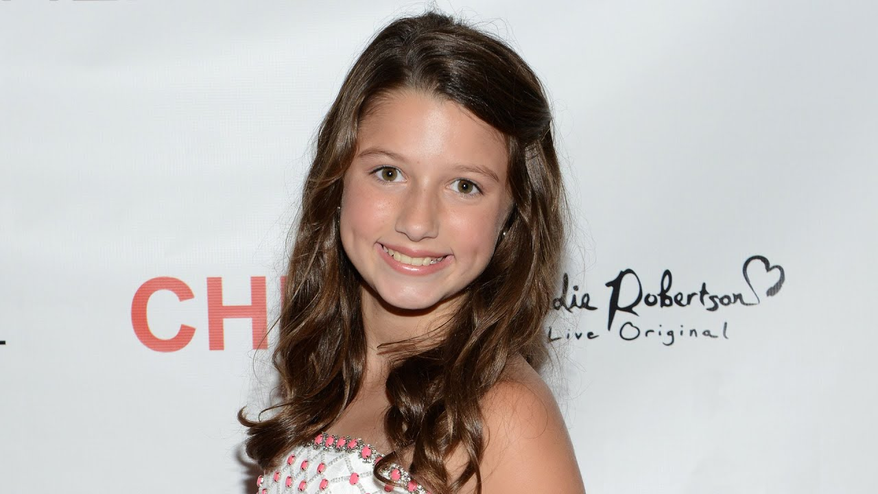 This Duck Dynasty Star Has Grown the Heck Up + Wow!
