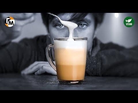 ЛАТТЕ в домашних условиях (без кофемашины) Как взбить молоко для капучино — Голодный Мужчина, ГМ 204