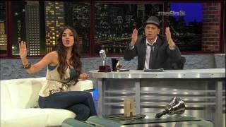 """Super Sexy Amelia Vega Entrevista y Canta """"Agua Dulce"""" Esta Noche Tu Nite (10-26-11)"""