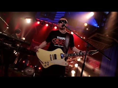 The Fly - Mencintaimu (Keangkuhanku) (Live at Music Everywhere) **