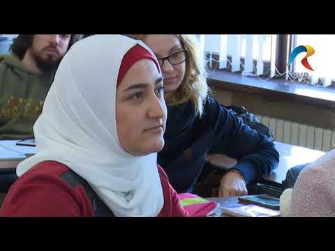Musulmanii se datoreaza site urilor din Fran a doamna in varsta caut baiat tanar ruma