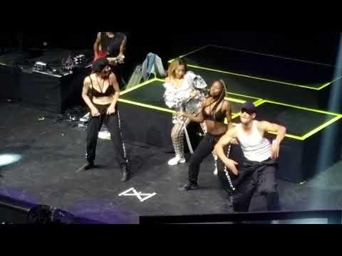 Tinashe - Me So Bad/Faded Love (Live)